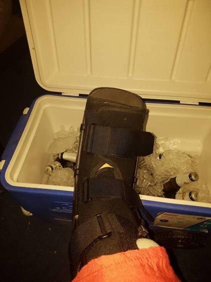 foot-on-ice