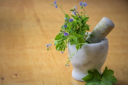 natural-medicine-1426647_960_720